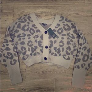 NWT wild fable gray animal print crop cardigan XL